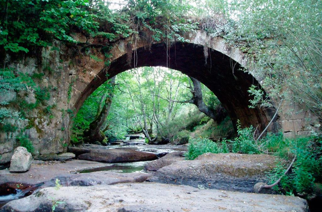 Senderismo por el Puente Romano Rojadillo